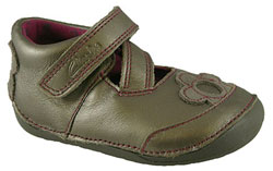 Clarks_LITTLE_LILY_METALLIC.jpg