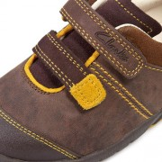 Clarks Softly Seb Brown Close Up 500
