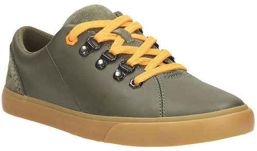 clarks-club-hike-khaki-500