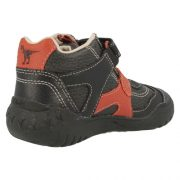 clarks-stomp-kick-black-heel-500