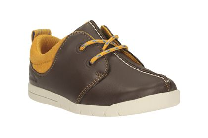 Clarks Crazy Buzz Brown