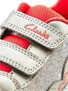 Clarks-Piper-Chat-5005